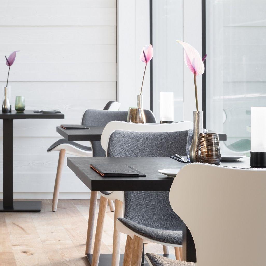 restaurant. Black Bedroom Furniture Sets. Home Design Ideas